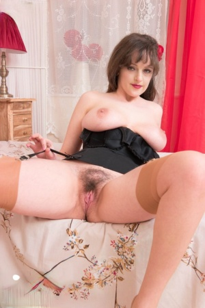 Hairy Brunette Pussy Pics